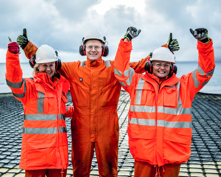 Wintershall Dea employees on offshore platform